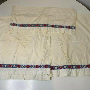 Vintage Curtain Set of 2 panels 1 valance white wi